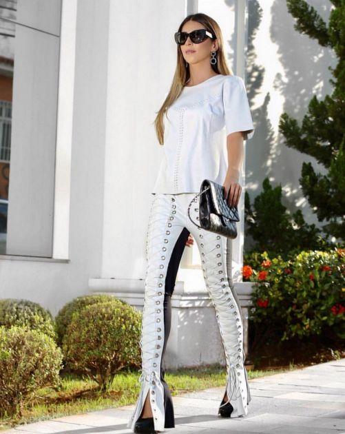 Calça Skinny Couro Ecológico Ilhós - Thayla