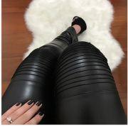 Calça Skinny Nervurada Couro Ecológico - Fabiane